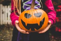 Halloween tökfestés papírral