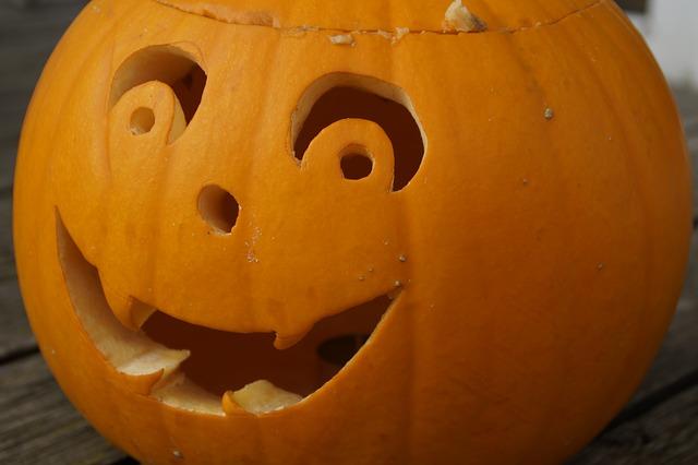 vidám halloween tök