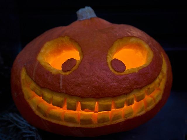 mosolygós halloween töklámpás