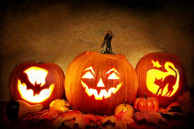 Jack o lantersn, halloween töklámpás faragás